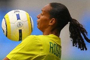 Rosana fez um dos gols do Brasil na vitória sobre a Colômbia