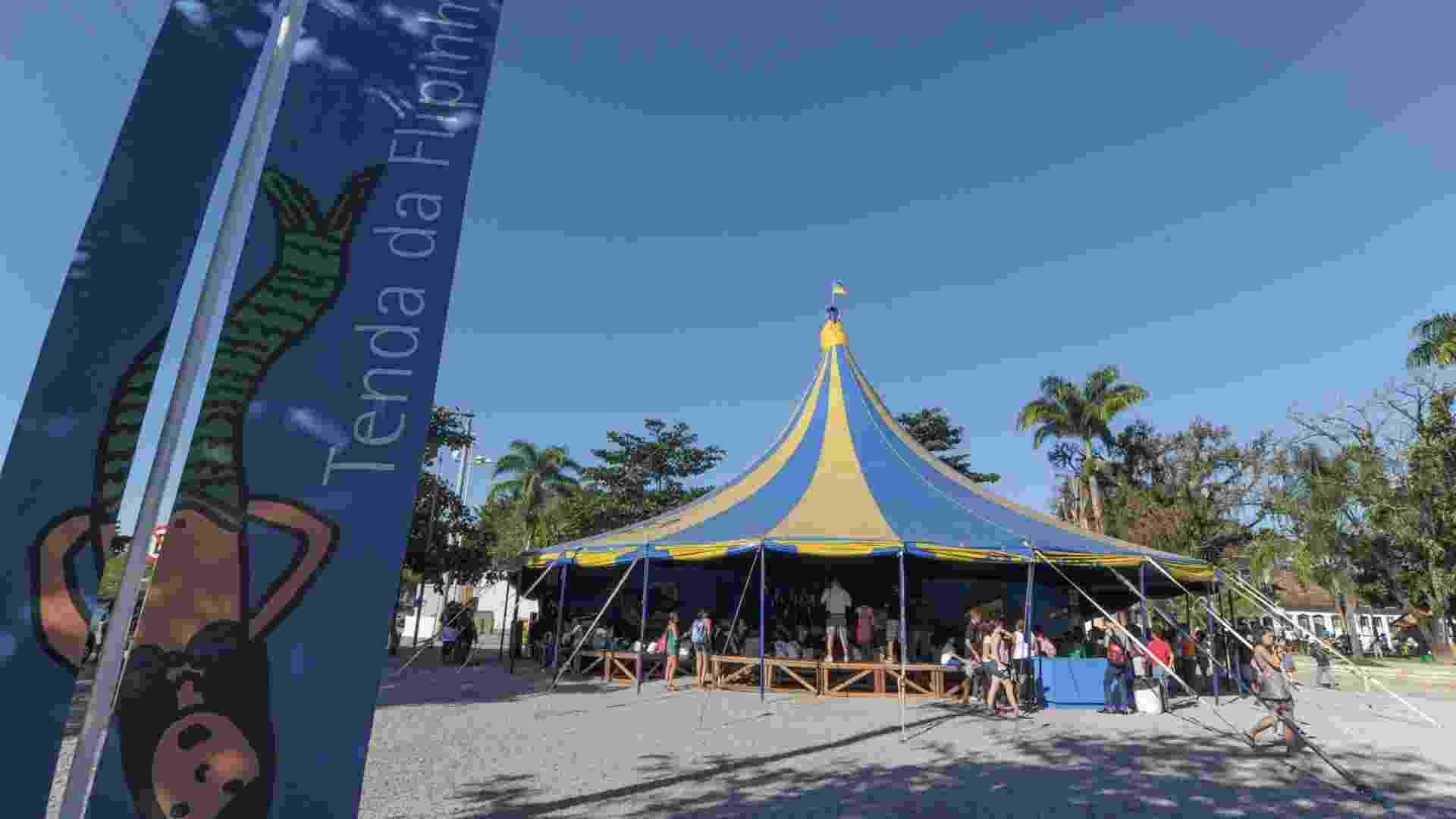 Tenda da Flipinha durante Flip 2012 em Parati (4/7/12) - Flavio Moraes/Fotoarena
