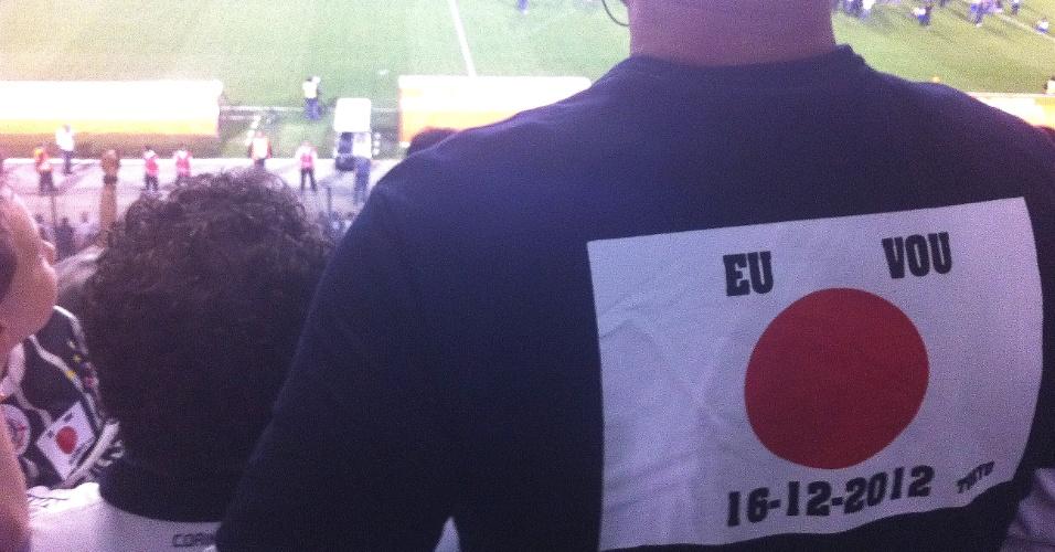 Com bandeira do Japão na camisa, torcedor mostrou confiança no Corinthians na final da Libertadores