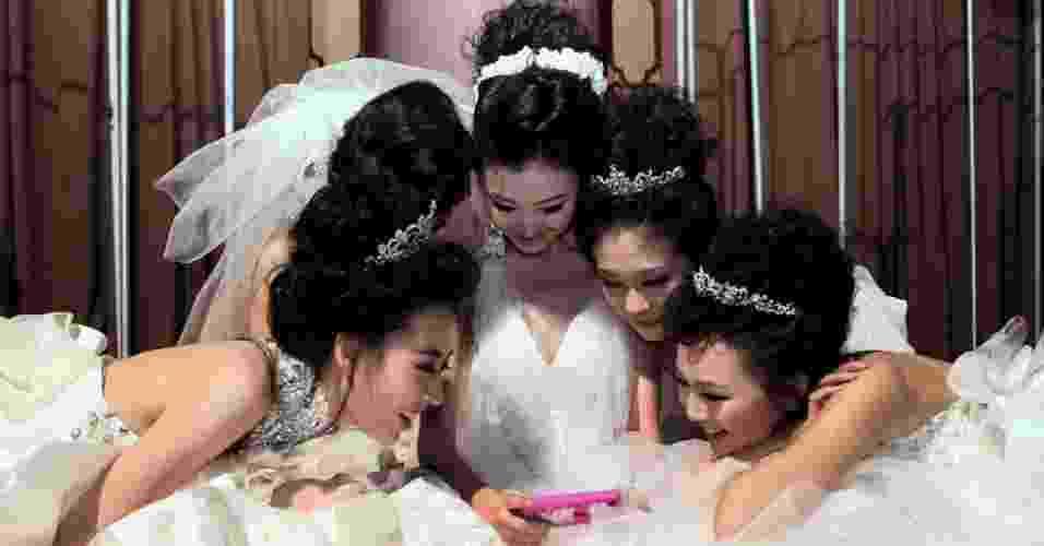 Imagem para abrir a galeria de aplicativos de casamento - Getty Images