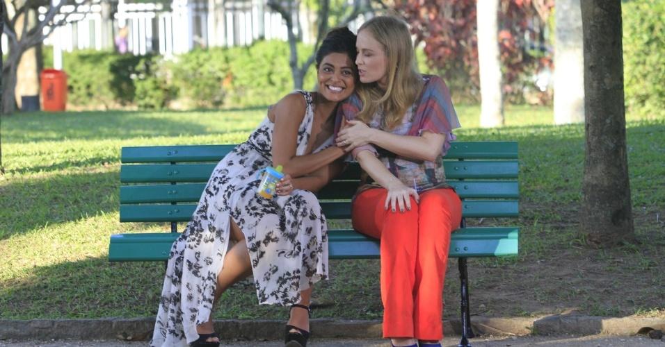 Juliana Paes e Angélica se divertiram durante a gravação do programa