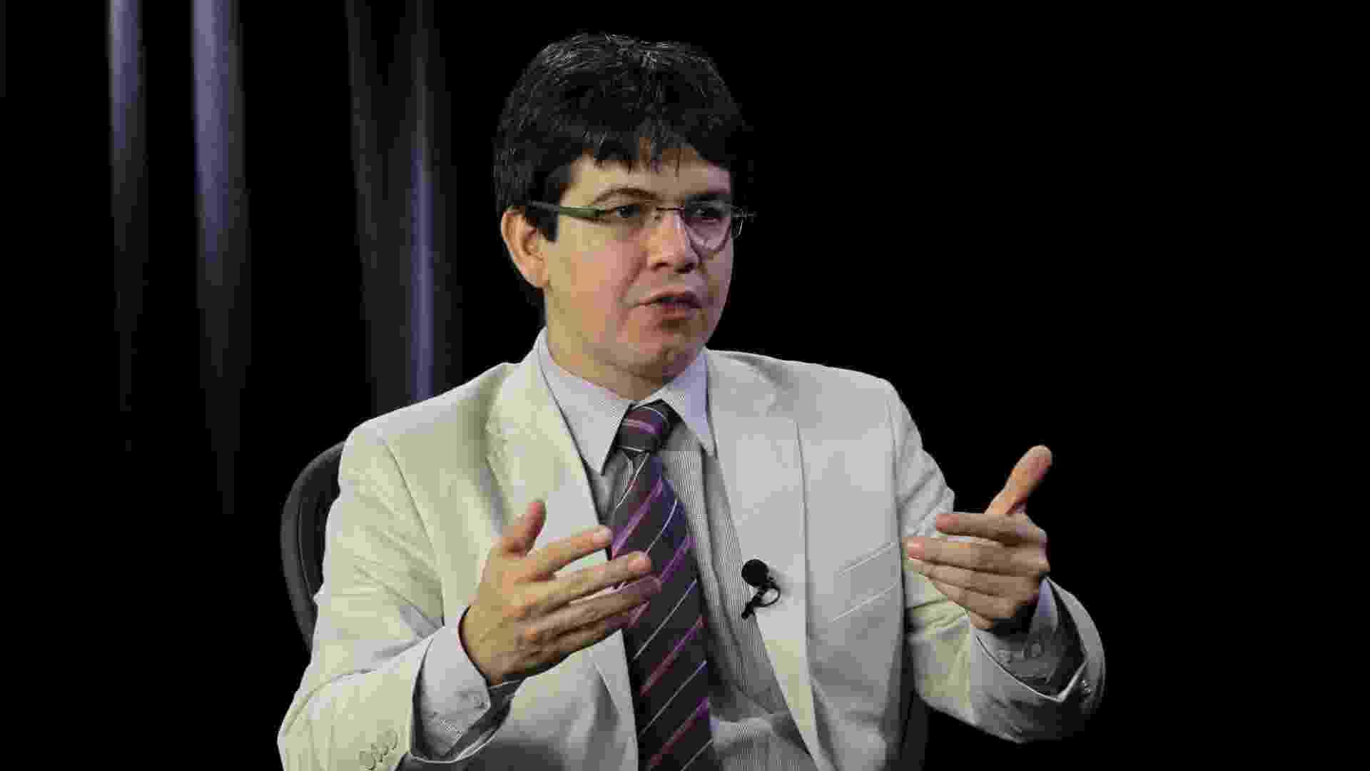 Randolfe Rodrigues no Poder e Política - Lula Marques 5.jul.2012/Folhapress