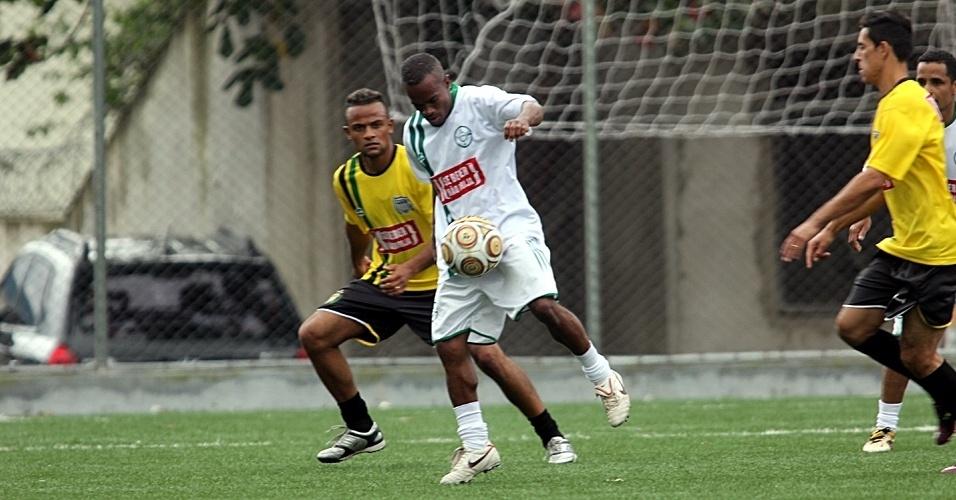 No CDM Cleuza Bueno o Ouro Preto (amarelo) venceu o Guarani EC (branco) por 3 a 1