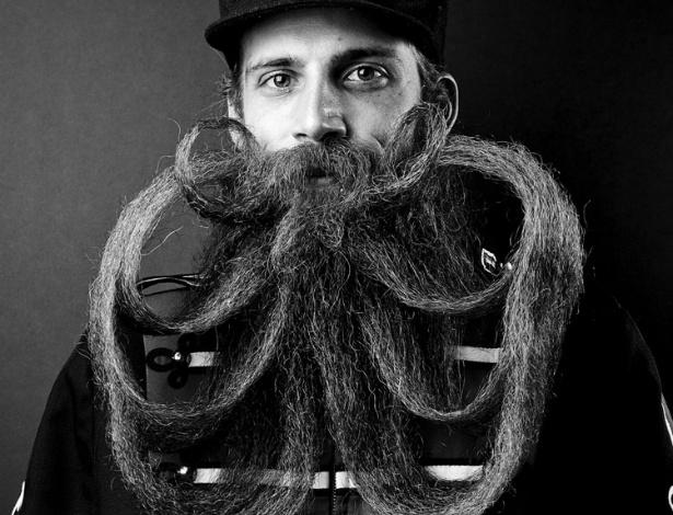 9.jul.2012 - Ele conta que quando se mudou para a cidade, percebeu que a cultura de barbas local era mais ousada do que em outros lugares do país. Por isso decidiu fotografar