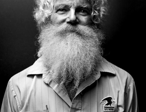 9.jul.2012 - Muir, que também é diretor de arte publicitário, demorou um ano para transformar o projeto em um livro, que ele mesmo publicou