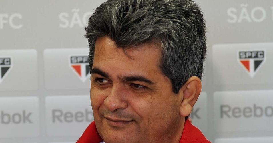 Após a saída de Emerson Leão, Ney Franco foi apresentado como novo treinador do São Paulo (09/07/2012)