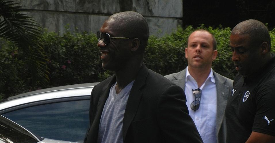 Clarence Seedorf surpreendeu ao comparar Botafogo com a Grécia