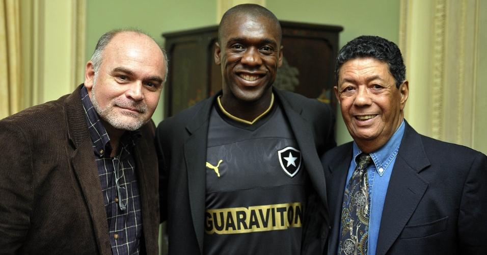 Coletiva e apresentação de Seedorf no Botafogo - Maurício Assumpção, Seedorf e Amarildo