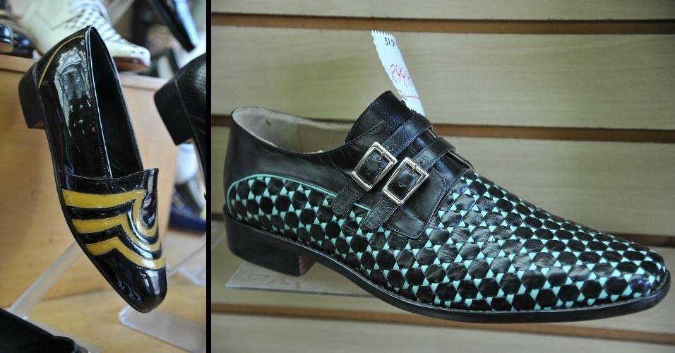 Sapatos masculinos feitos artesanalmente na loja Gomes. O ateliê da sapataria fica nos fundos da loja