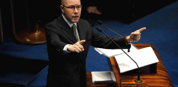 """""""Não acabem com minha vida"""", disse Demóstenes Torres ao discursar antes de ter seu mandato cassado - Pedro Ladeira/Frame"""