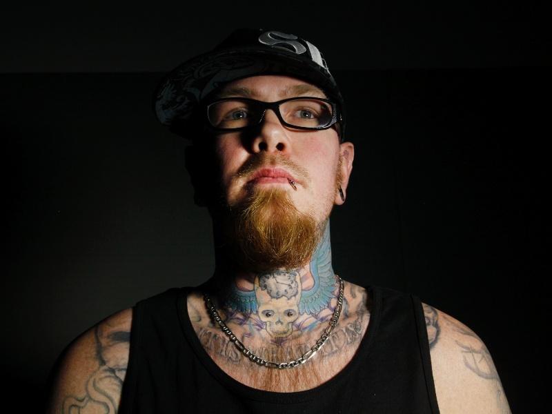 2.mar.2012 - Homem exibe tatuagem no Festival de Hampton Roads Tattoo, na Virgínia (EUA)