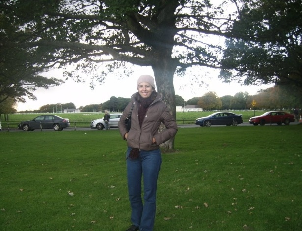 Aline Souza no Phoenix Park, em Dublin, considerado o maior parque urbano fechado da Europa