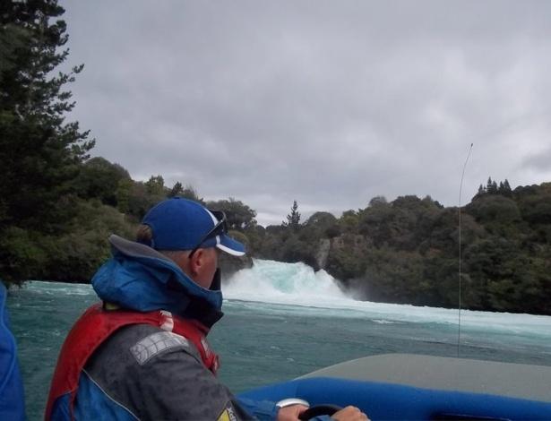 Passeio nas cataratas Huka, no centro da ilha do Norte, na Nova Zelândia