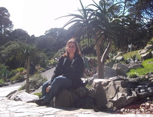 Ana Carolina no jardim botânico na cidade de Wellington, capital da Nova Zelândia