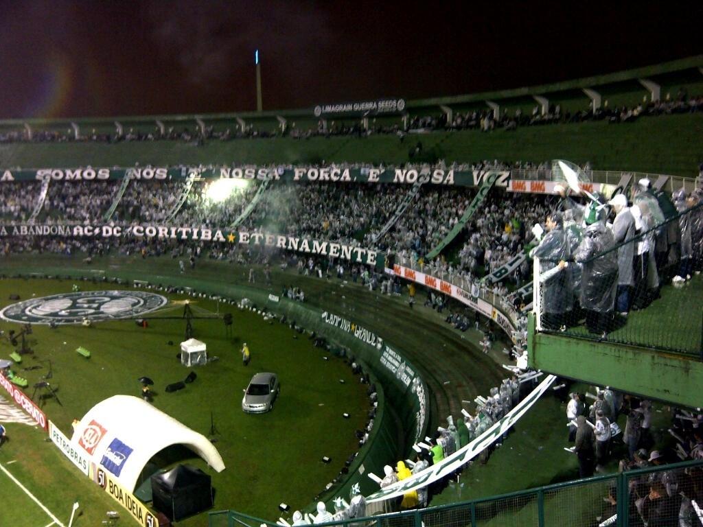 Couto Pereira, duas horas antes da final da Copa do Brasil 2012