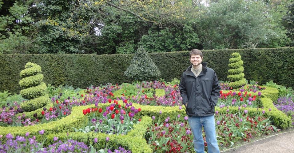 Marcelo Moro no Regent Park, parque real localizado no centro de Londres