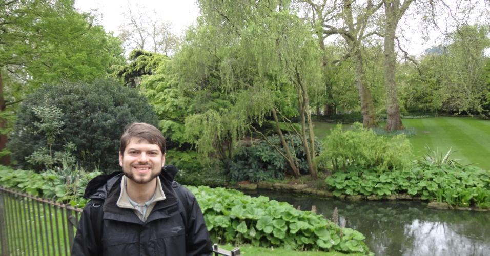 Marcelo Freire Moro no Saint James Park, em Londres