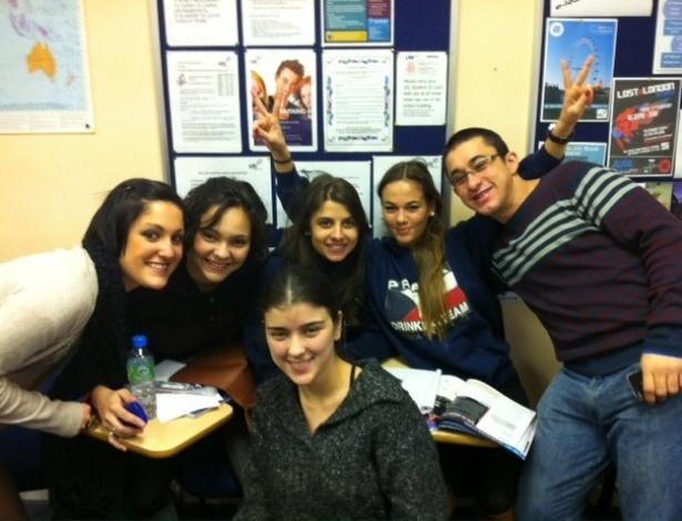 Monica de Souza durante as aulas de inglês, em Londres, na Inglaterra
