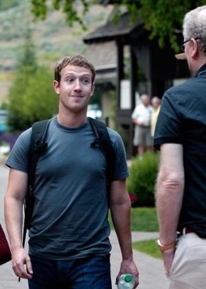 O cofundador e presidente-executivo do Facebook, Mark Zuckerberg, disse em post na rede social que espera poder conectar o restante do mundo na rede