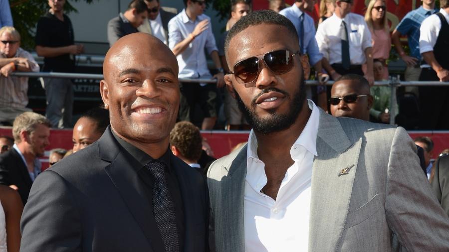 Anderson Silva e Jon Jones na premiação ESPY Awards, do canal ESPN - Getty Images