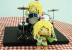 Faça uma boneca 3D da San, a lamen baterista de Foodland