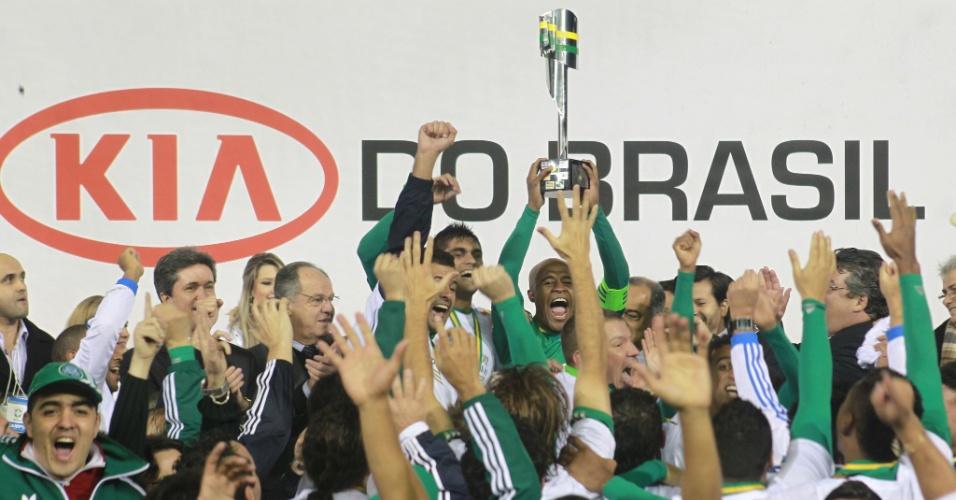 Jogadores do Palmeiras comemoram a conquista do título da Copa do Brasil