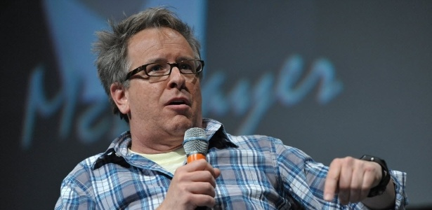 "O diretor Rich Moore fala durante o painel de ""Detona Ralph"" (12/7/12) - John Shearer/AP"