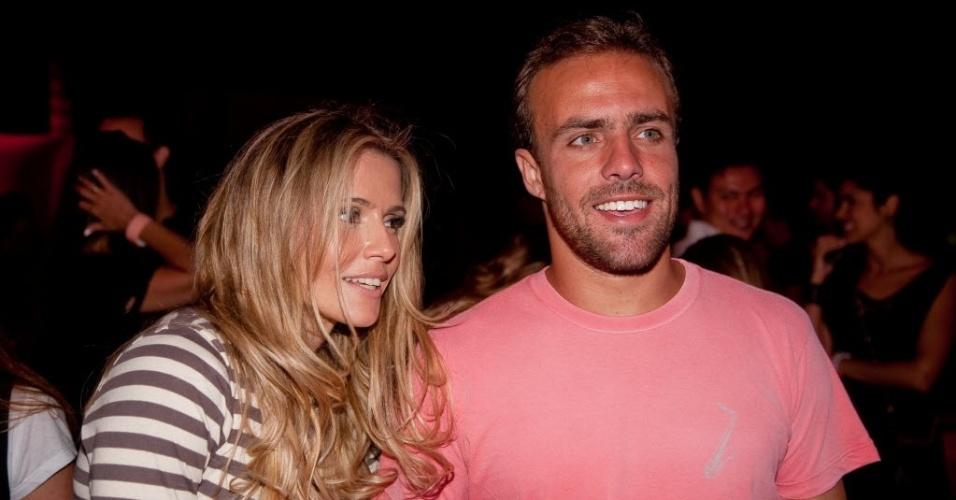 Roger e Deborah Secco