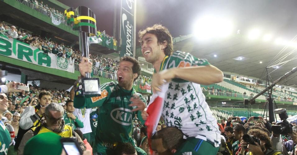 Valdivia comemora a conquista da Copa do Brasil pelo Palmeiras