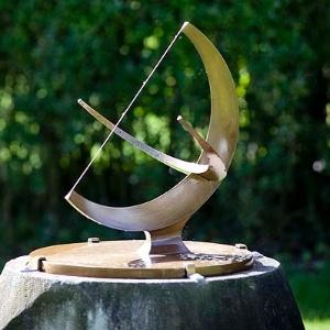 Ladrões de bronze furtam escultura de Henry Moore  - Divulgação