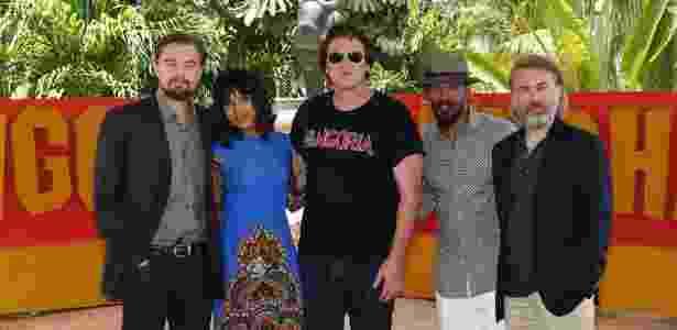 """Leonardo DiCaprio, Kerry Washington, Quentin Tarantino, Jamie Foxx e Christoph Waltz participação de sessão de fotos de """"Django Livre"""" em evento dos estúdios Sony, em Cancún (México) (15/4/2012) - Divulgação"""