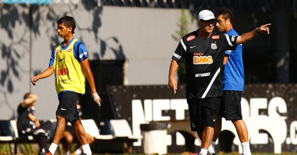 Muricy Ramalho comanda treinamento do Santos