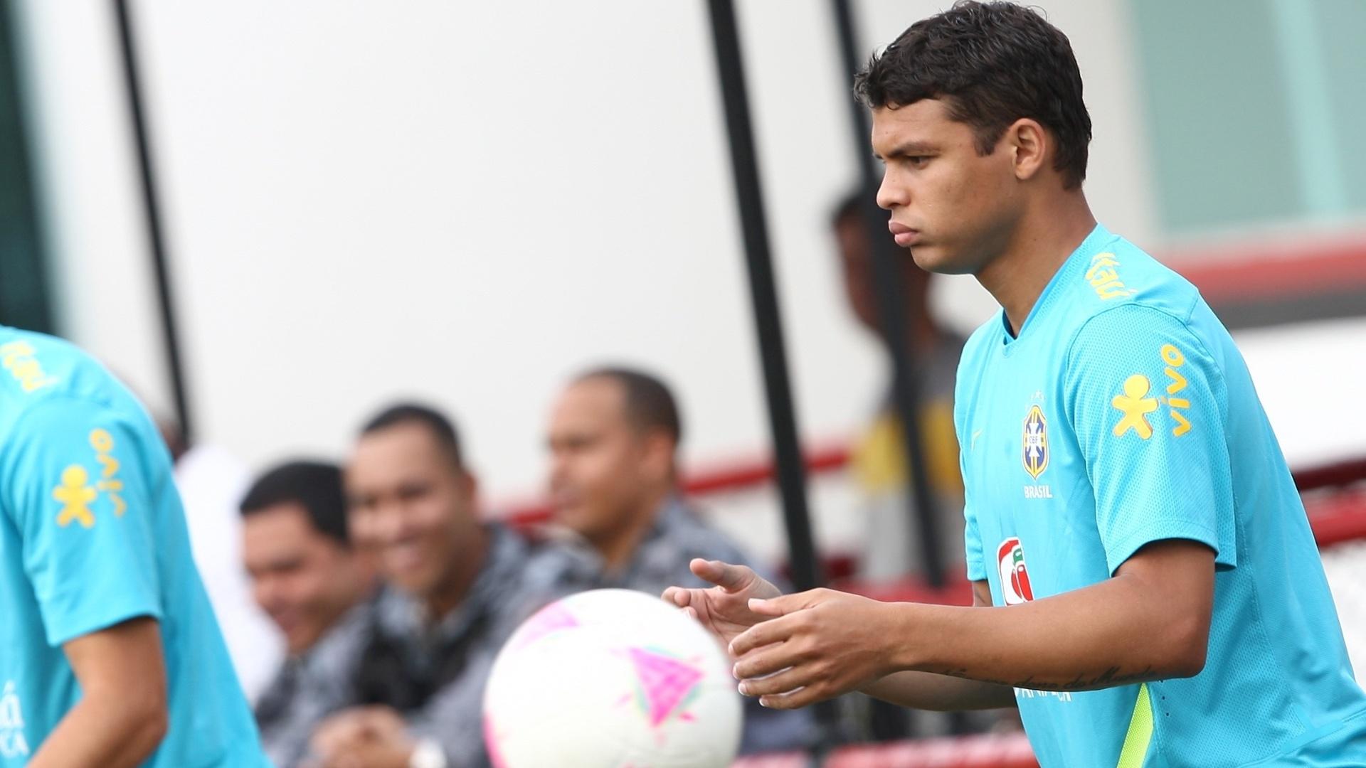 Thiago Silva treina com a seleção. Zagueiro deixou o Milan e assinou com o PSG, da França