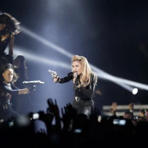 Madonna é alvo da ira da extrema-direita e de jovens católicos na Polônia - Kenzo Tribouillard/AFP