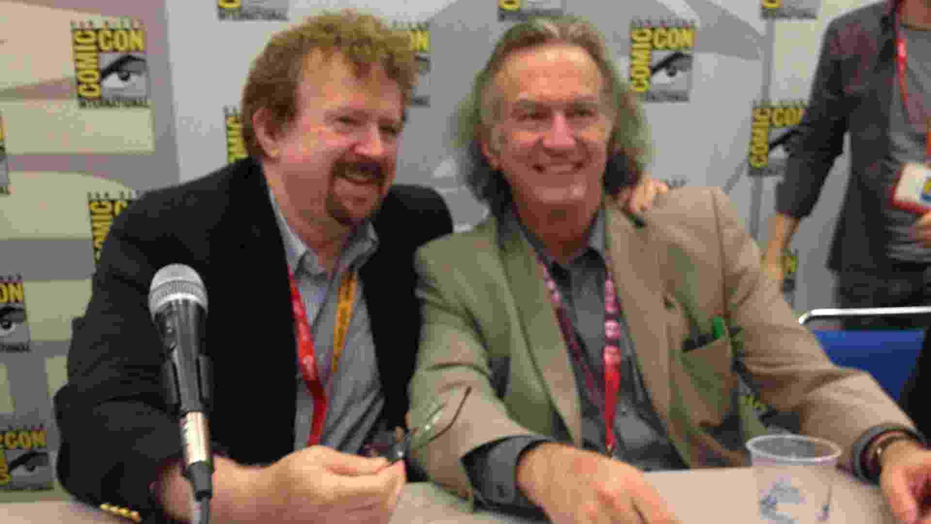 """Garry Goddard e Bill Stunt, diretor e cenógrafo do filme """"Mestres do Universo"""", durante painel na San Diego Comic-Con 2012 (15/7/12) - Estéfani Medeiros/UOL"""