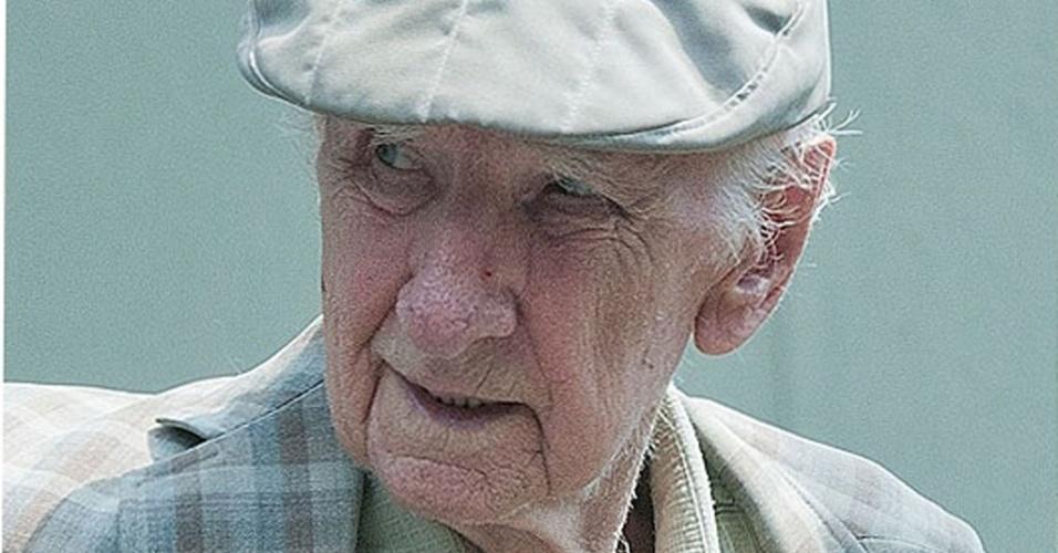 Mídia Indoor - O criminoso nazista mais procurado do mundo, Laszlo Csatary, 97 anos, acusado de cumplicidade na morte de 15.700 judeus durante a Segunda Guerra Mundial
