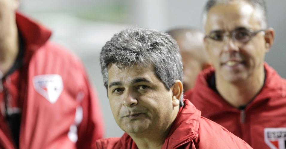 Técnico Ney Franco faz sua estreia no São Paulo no clássico contra o Palmeiras