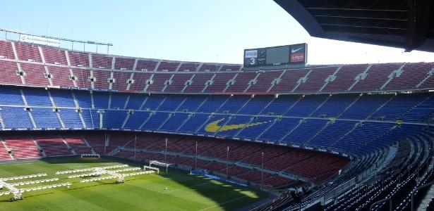Barcelona quer consultar sócios sobre futuro do Camp Nou - Esporte ... 53e84795edaa3