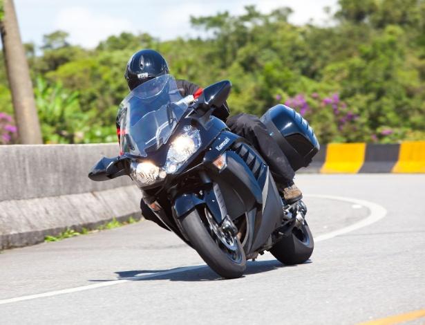 A touring Councours 14 está envolvida no recall feito pela Kawasaki no Brasil - Renato Durães/Infomoto