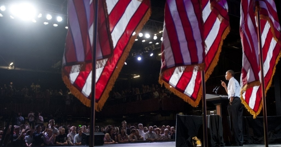 17.jul.2012 - Presidente dos Estados Unidos, Barack Obama, discursa para eleitores no Austin Muisc Hall, na cidade de Austin, Texas (EUA)