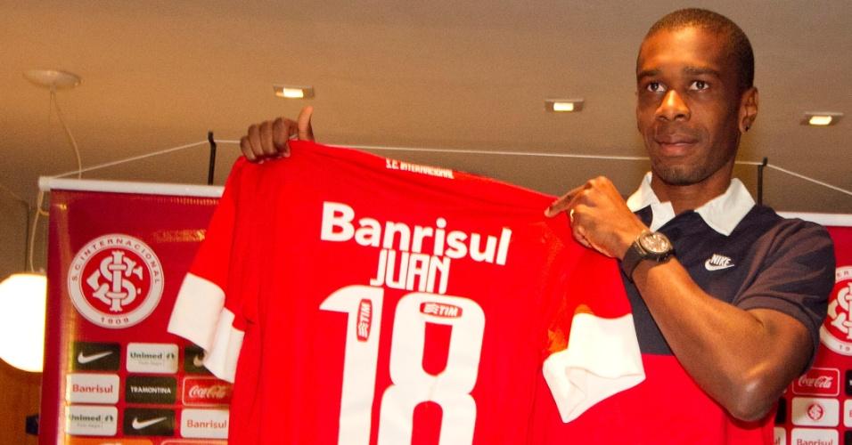 Apresentação do zagueiro Juan no Internacional (17/07/2012)