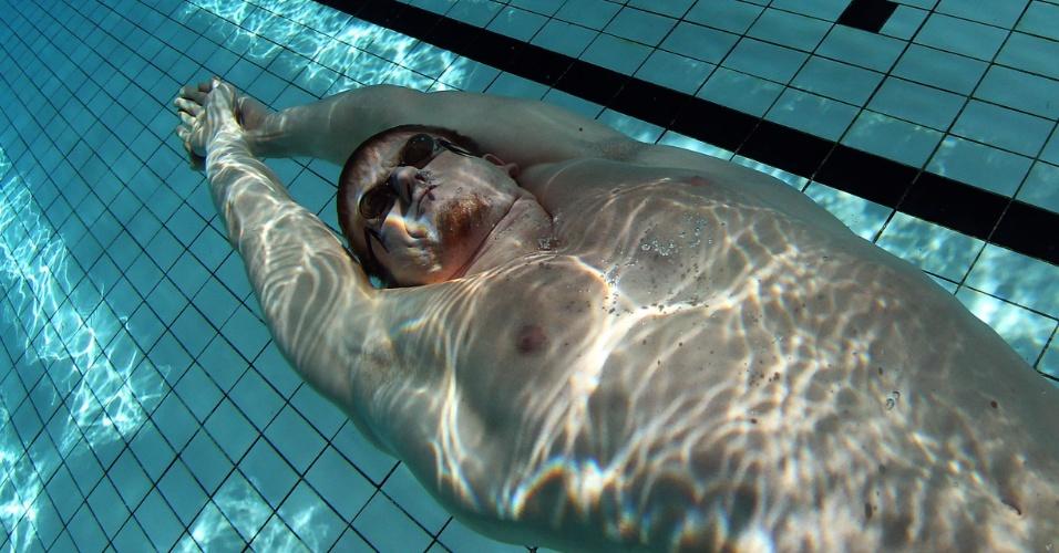 Brasileiro Daniel Orzechowski faz primeiro treinamento para os Jogos na piscina do CT do Crystal Palace