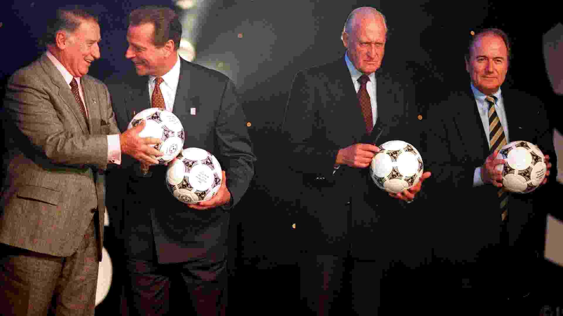 João Havelange, então presidente da Fifa, e Joseph Blatter, atual mandatário, em envento da Copa de 1994 - Getty Images