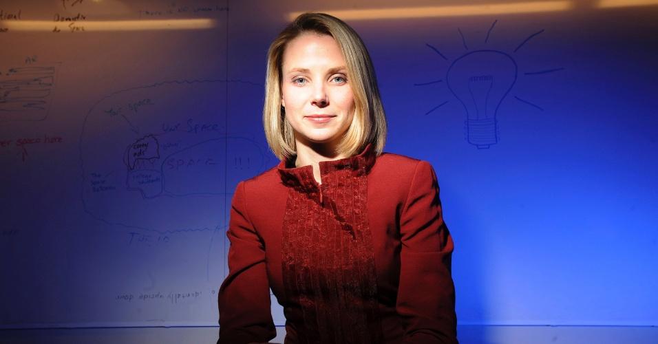 17.jul.2012 - No mesmo dia em que anunciou que vai assumir o comando do Yahoo!, Marissa Mayer, nova CEO da empresa de tecnologia, afirmou publicamente que está grávida de seis meses. O pai da criança é o advogado e investidor Zachary Bogue. O bebê é um menino e a previsão do parto é para o dia 7 de outubro. Marissa, 37, era uma das principais diretoras do Google: foi a 20ª funcionária contratada pela empresa, em 1999