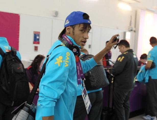 Neymar se credenciou para participar das Olimpíadas de Londres, que começam no próximo dia 27