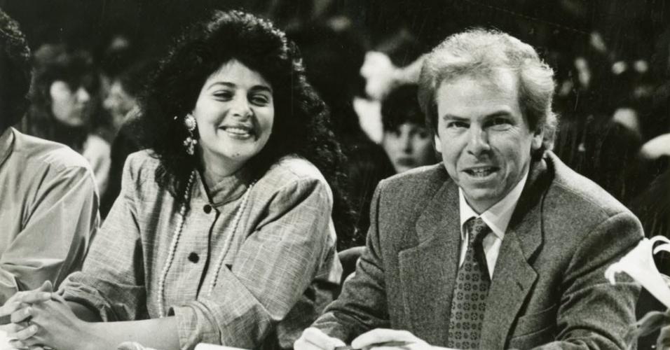 Os jurados Sônia Lima e Nelson Rubens durante gravação do Programa Silvio Santos em agosto de 1992