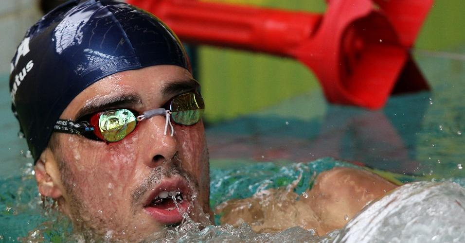 Bruno Fratus treina na piscina do CT do Crystal Palace nesta quarta-feira (18/07/2012)