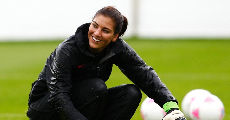Hope Solo é goleira da seleção de futebol dos Estados Unidos, treina para disputa dos Jogos Olímpicos (18/07/12)