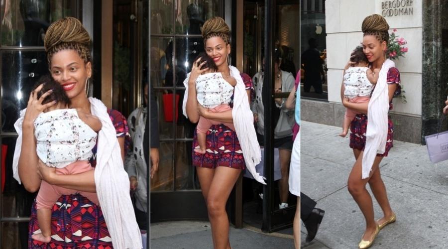 Beyoncé fez um passeio com sua filha, a menina Blue Ivy, em Nova York (18/7/12)