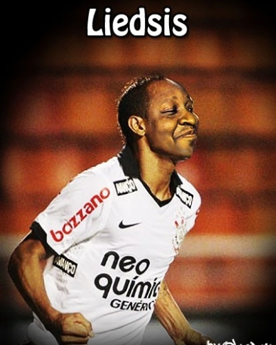 Liedsis completa o ataquis do Corneta FC